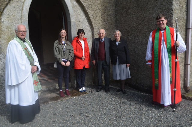 Left to right: Rev David Skuce (Rector), Ms Lisa McCafferty, Mrs Jacqueline McCafferty, Mr Jack Baskin, Mrs Martha Baskin, Rt Rev Andrew Forster (Bishop of Derry and Raphoe).