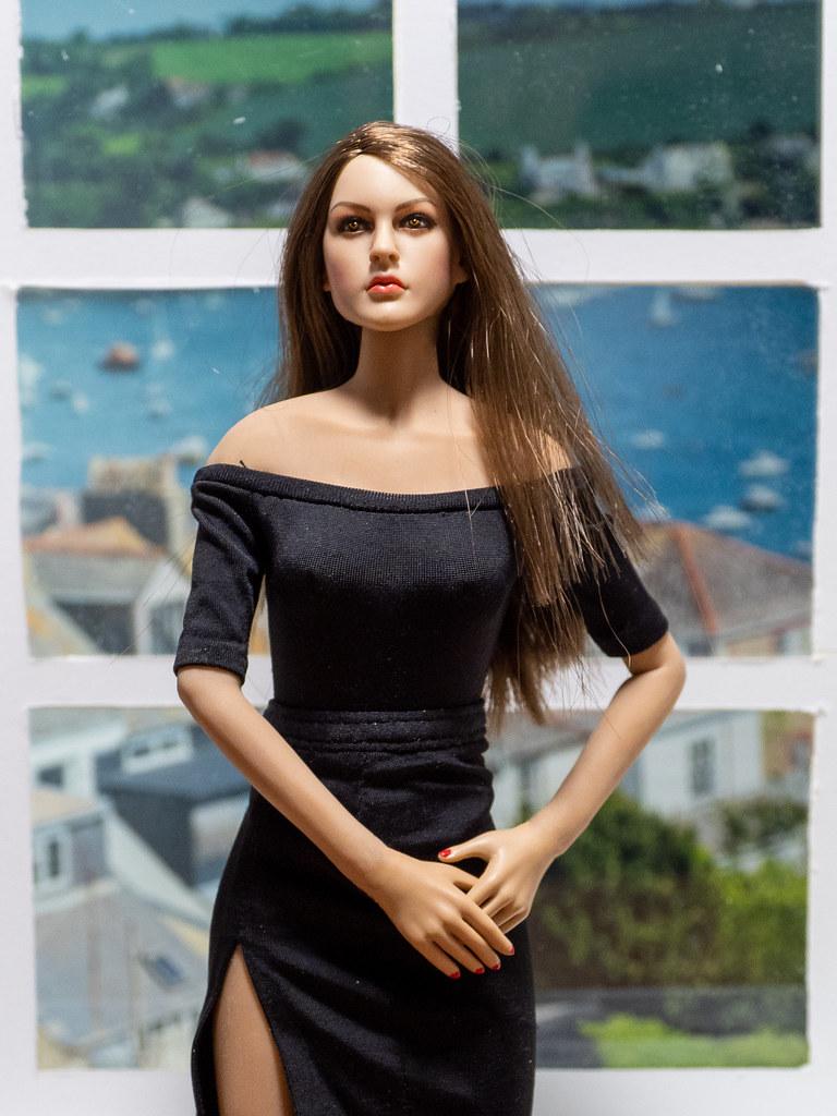 Phicen Window Posing 50341398063_d67a7c787a_b