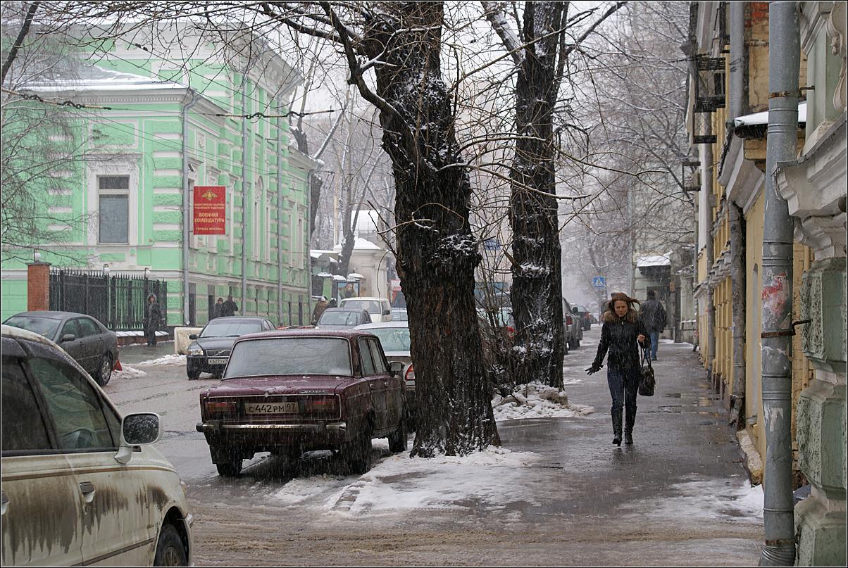 195. 2007. Весна на Новой Басманной улице. Март