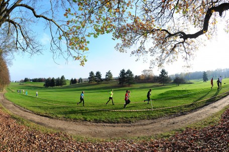 SOUTĚŽ: Vyhrajte start na pražském finále Mizuno Trail Running Cupu
