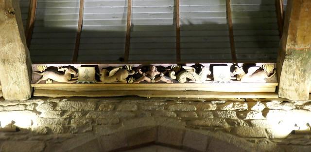 Sablière sculptée,  église St Tugdual XVIe, Combrit, Pays Bigouden, Cornouaille, Finistère, Bretagne, France.