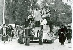 1979_Homecoming_Parade_winning_float (1)