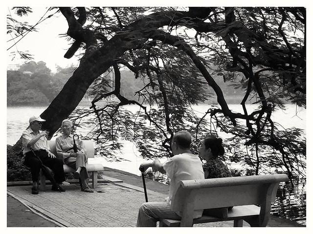Hoan Kiem Lake , Hanoi