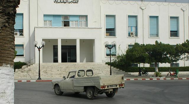 Peugeot 404 pickup truck