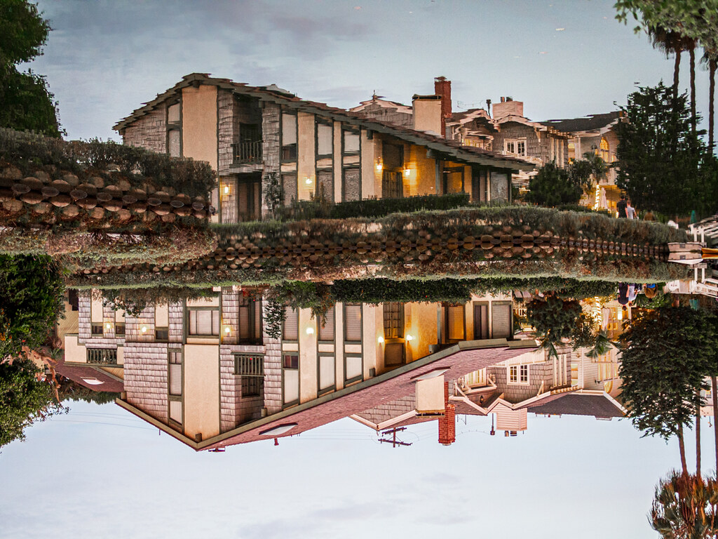 House on Venice Canals reflection