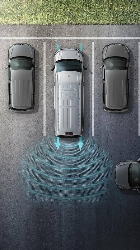 T6.1 Caravelle_RTA 後方橫向車流警示系統 (含煞車輔助功能)