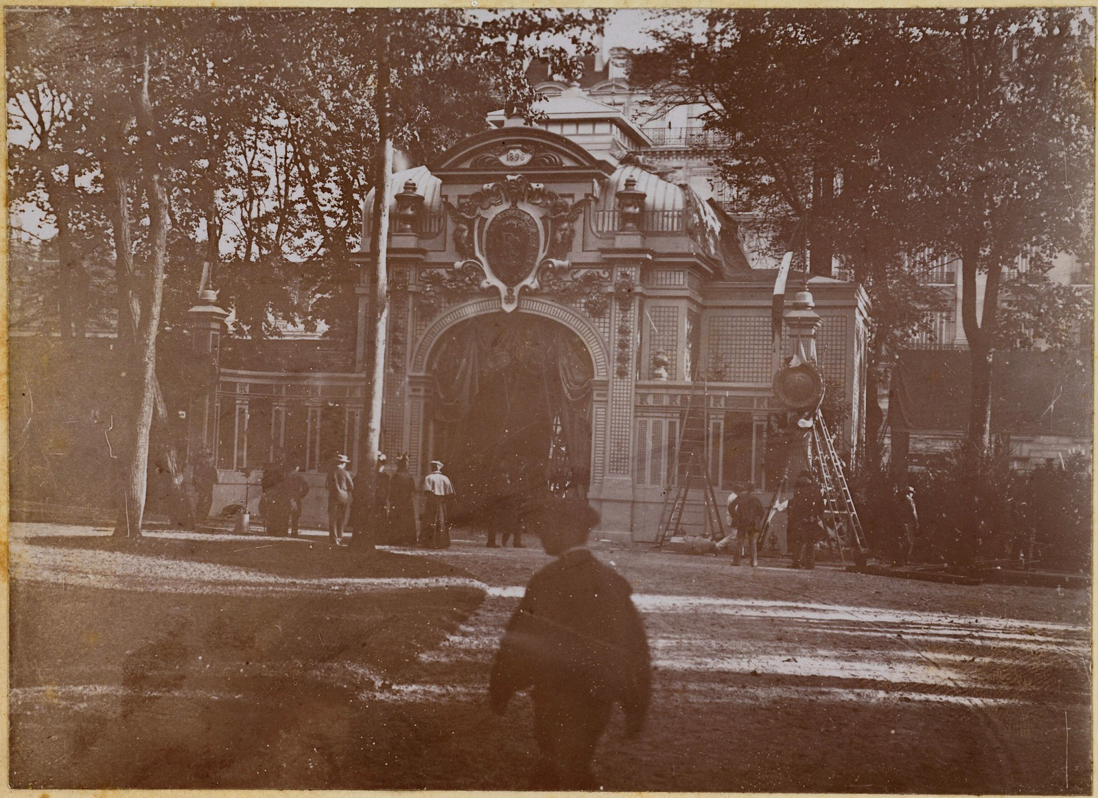 12. Porte Monumentale