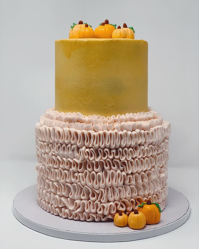 Cake by Lemon Lane Cakes