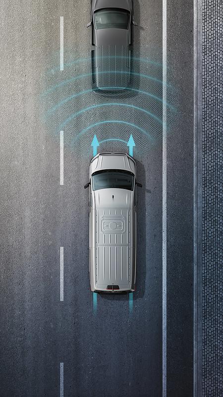 T6.1 Caravelle_ACC 主動式車距調節巡航系統_Front Assist車前碰撞預警系統(含AEB及行人偵測)