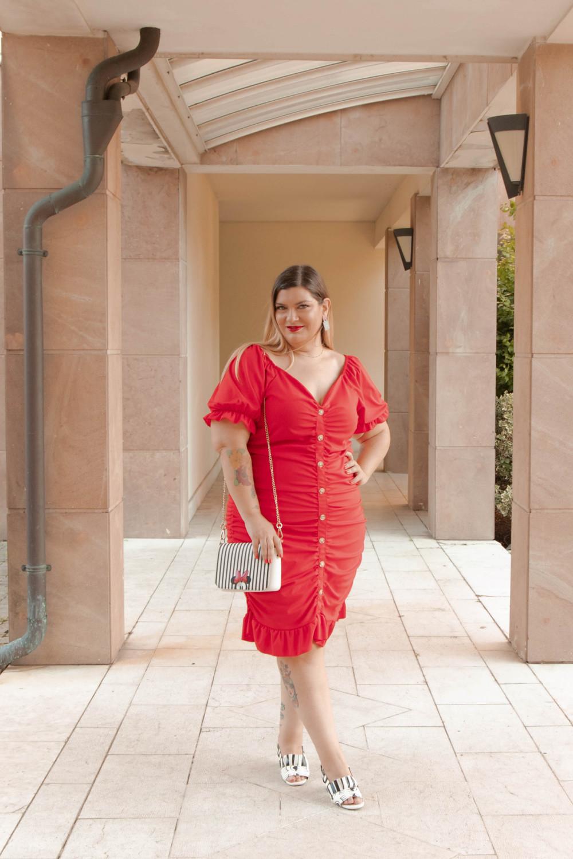 Oufit rosso abito aderente SHIEN curvy (2)
