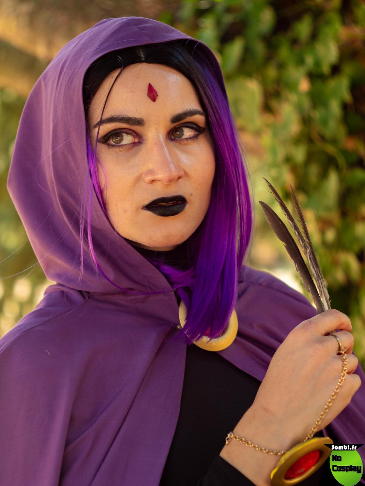 cosplay Raven