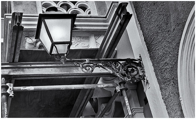 Lámpara Callejera (Steet Lamp)