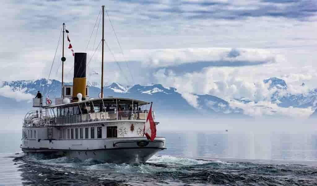 des-navires-visqueux-pour-réduire-la-trainée-dans-eau