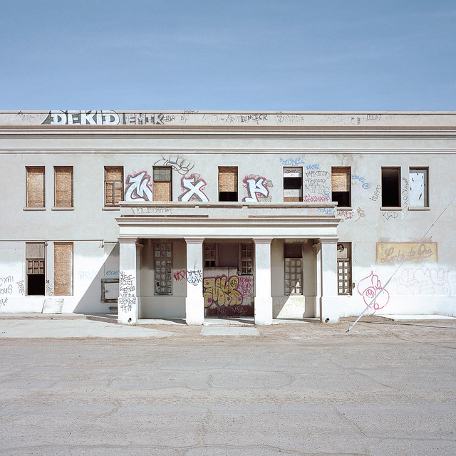 leche de oro. el centro, ca. 2014.