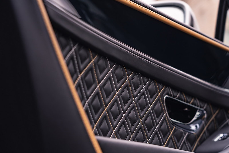 2021-Bentley-Continental-GT-Mulliner-10