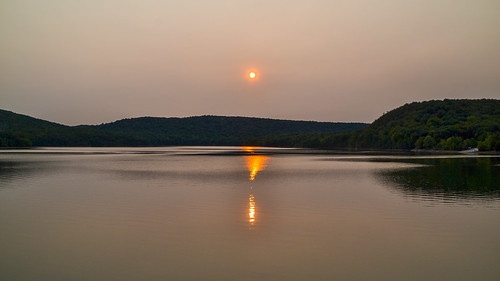 smack53 nikond3100 nikon d3100 ringwood newjersey monksville monksvillereservoir lake pond reservoir water reflections sunset sunrise mountains summer summertime