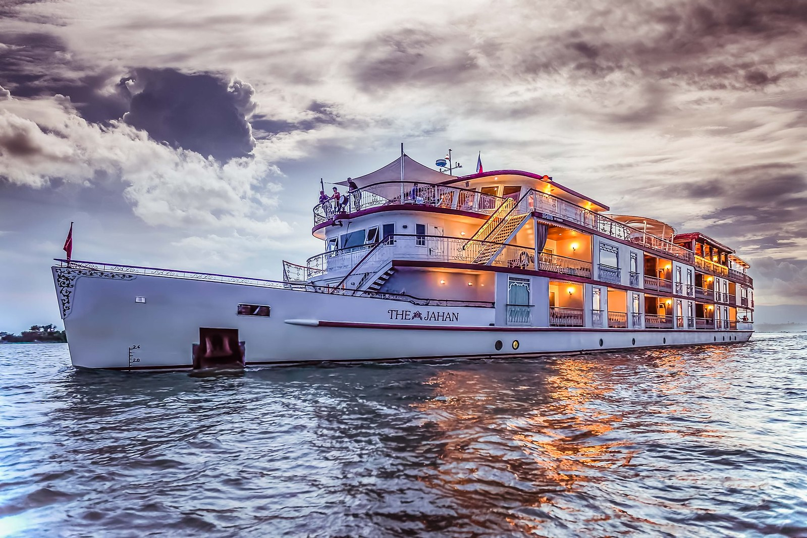 The Jahan - A Luxury River Cruise on Mekong River