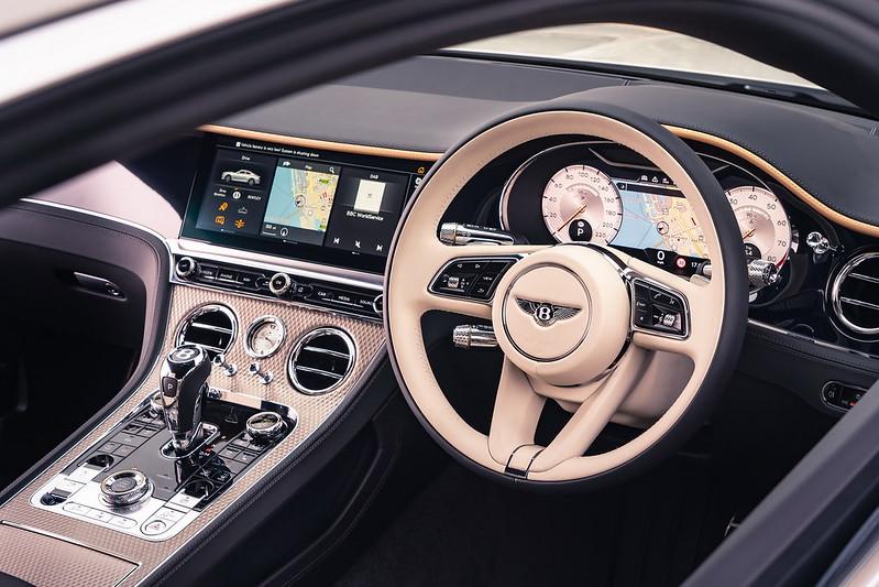 2021-Bentley-Continental-GT-Mulliner-05