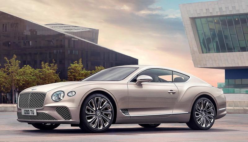 2021-Bentley-Continental-GT-Mulliner-01
