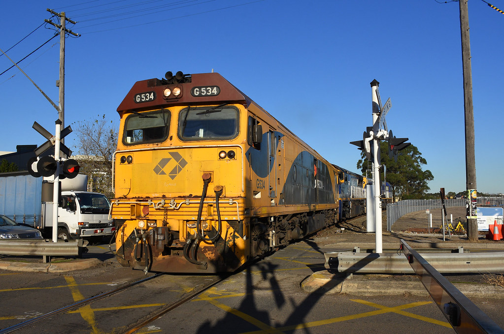Linx G534 COFC, Mascot, Sydney, NSW