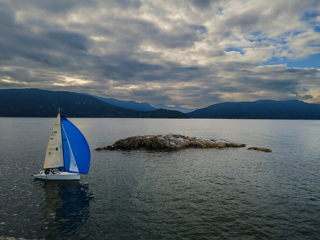 Boat sailing near the Bird Islet - West Vancouver
