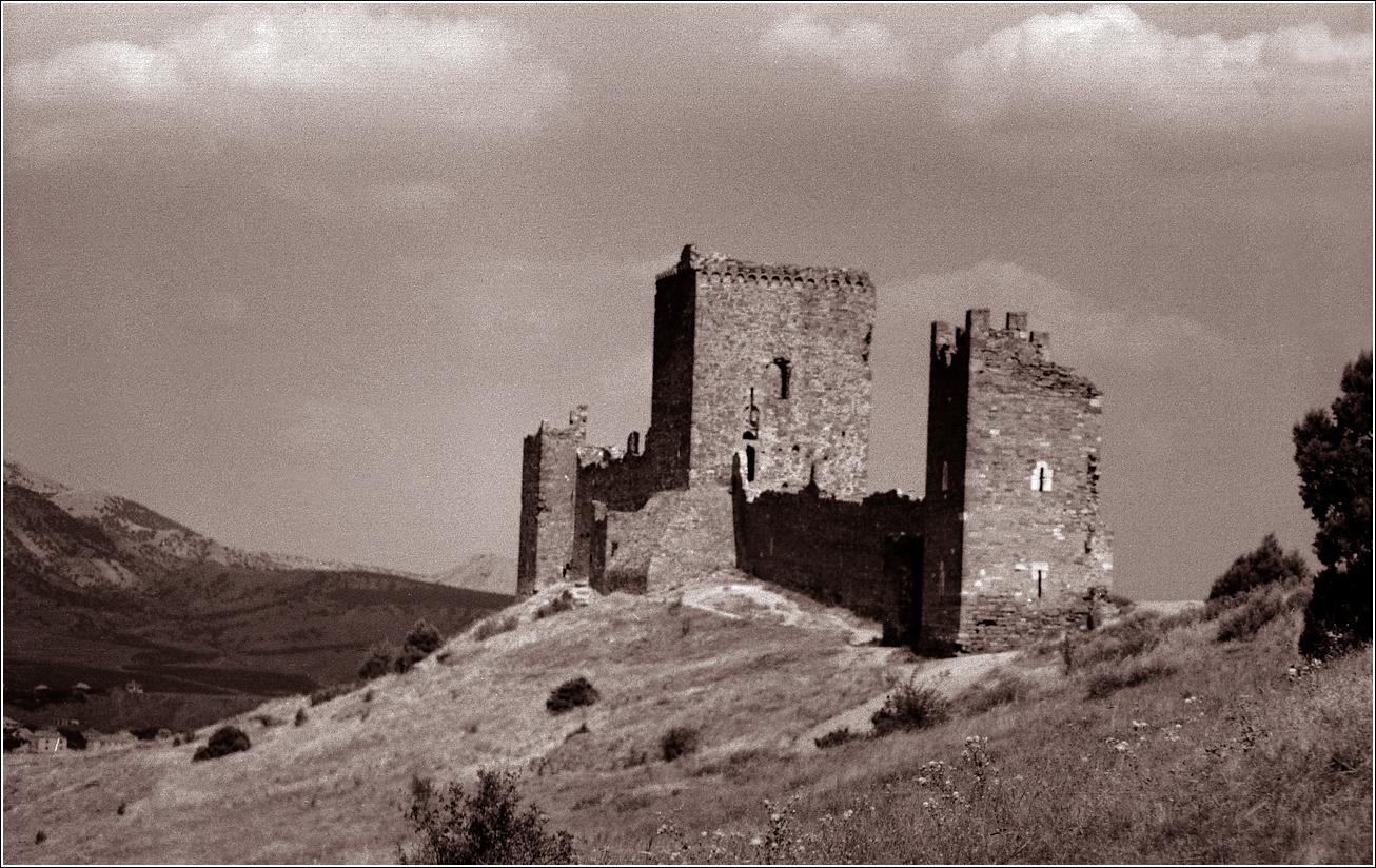 07. 1965. Крым, Судак. Вид на Генуэзскую крепость. 21–08