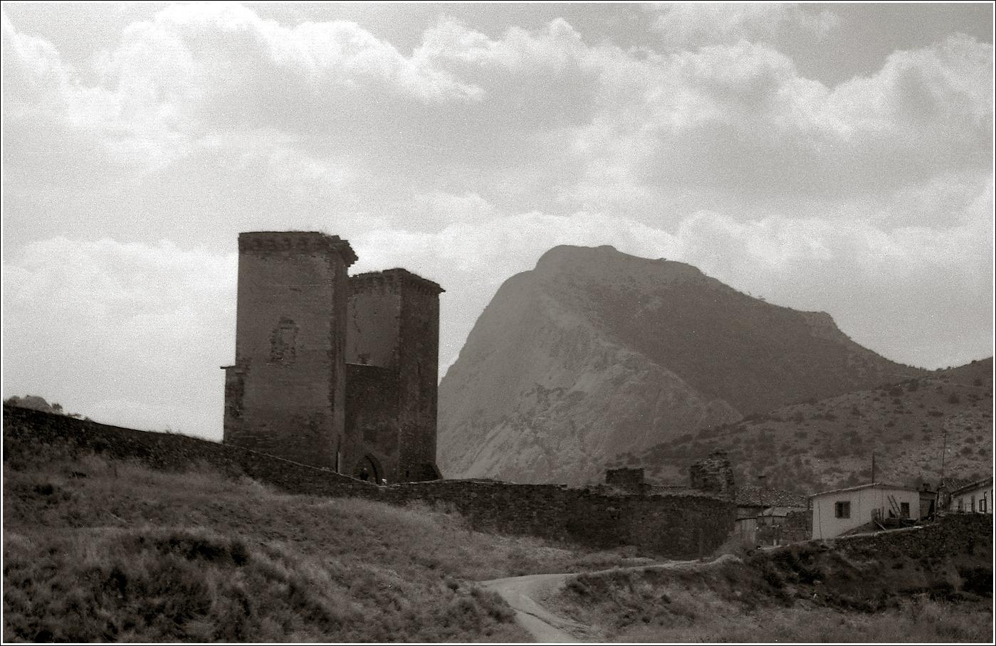 06. 1965. Крым, Судак, Генуэзская крепость 14–08