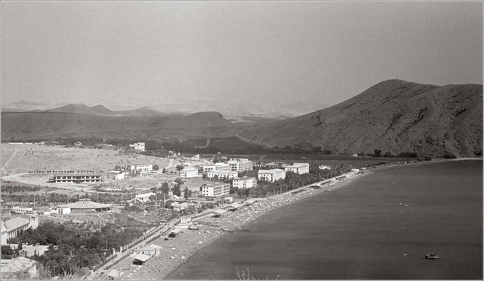 05. 1965. Вид от Генуэзской крепости. 24–08