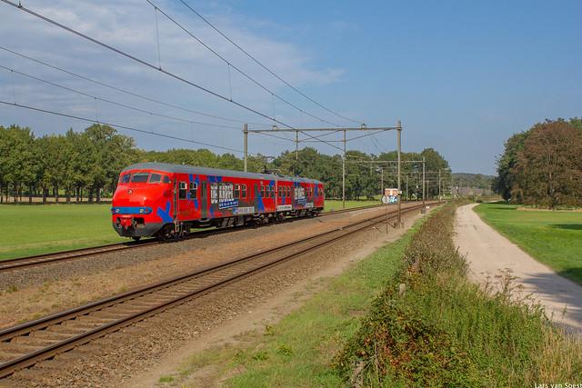 Plan V 466 'De Karel' als charterrit in Velp -16-09-2020