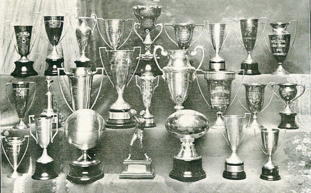 1932-33 Red Devils Scrapbook