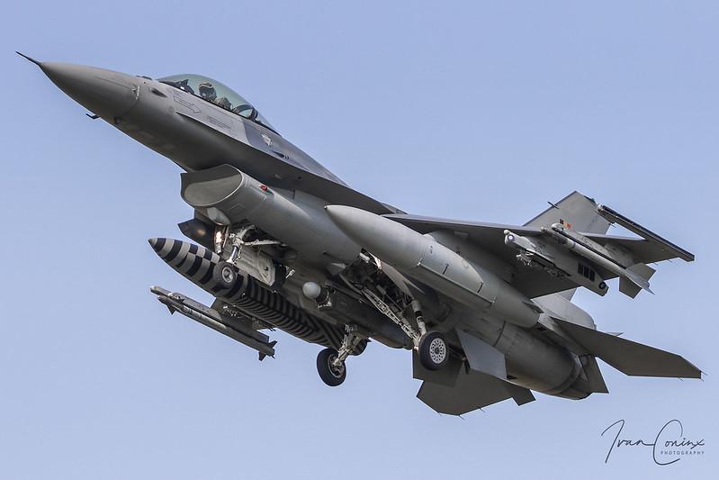A Brief Look At My Flickr Photos - General Dynamics F-16AM Fighting Falcon – Belgium-Air Force – FA-102 – Kleine Brogel (EBBL) – 2020 09 11 – Landing RWY 23R – 02 – Copyright © 2020 Ivan Coninx