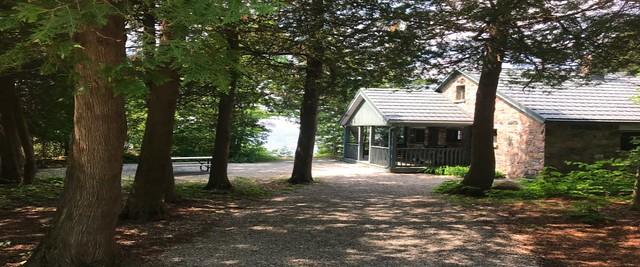 Awenda - Stone Cottage - Exterior