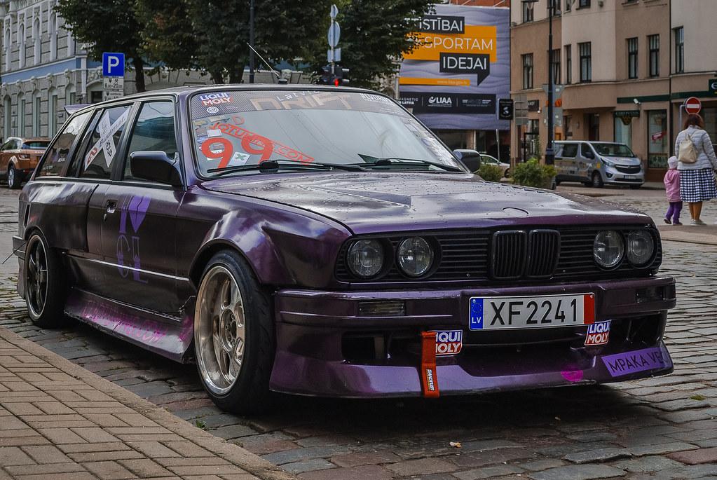 Cool BMW!!  12:01:16 DSC_7975