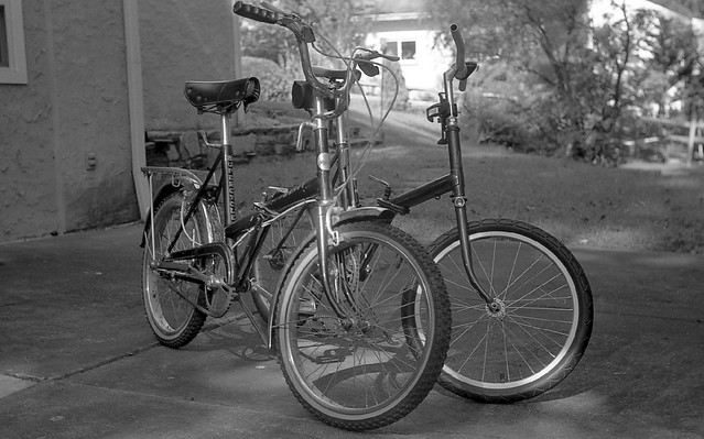2 x Raleigh 20 in film