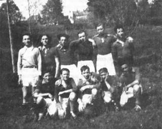 L'équipe de football du cours complémentaire
