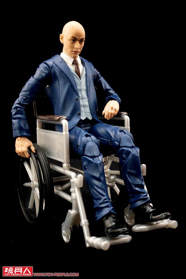 一手在握的大螢幕人物、超進化的驚人還原度! 孩之寶漫威傳奇系列「X戰警20周年」電影版 開箱報告