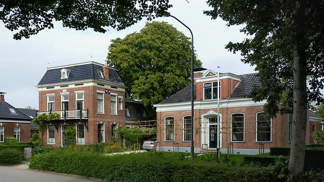 Groningen: Baflo, Emmastraat houses