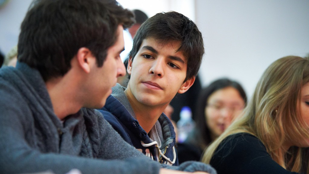 Two exchange students attending in a British Studies lecture.
