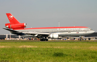 Northwest Airlines McDonnell Douglas DC-10-30 N244NW