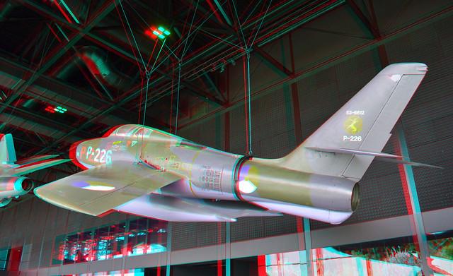 Republic F-84F 'Thunderstreak' jachtbommenwerper registratienummer P-226