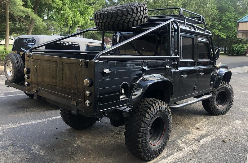Land-Rover-Defender-12