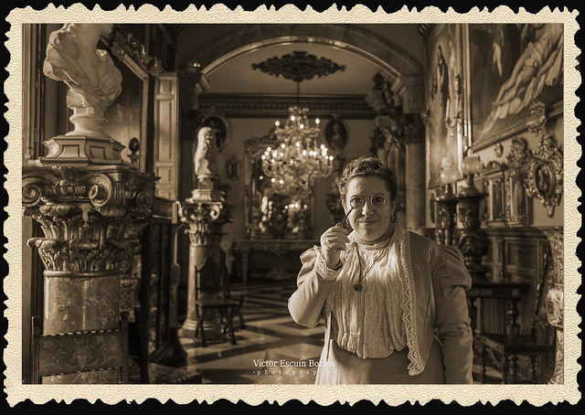 Bienvenidos al Museo Cerralbo. Edwardian historical reenactment in a palace museum. MADRID. JUNIO 2020.