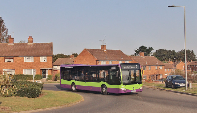 BF65 HVT, Ipswich Buses Citaro 153, freshly repainted, Hawthorn Drive, 17th. September 2020.