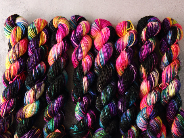 Favourite Sock Minis – pure Merino wool superwash 4 ply / fingering hand dyed yarn 20g miniskeins – 'Shinjuku'