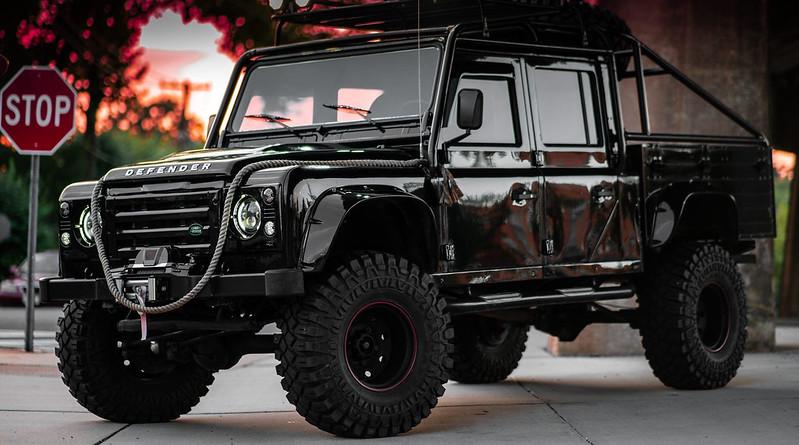 Land-Rover-Defender-13
