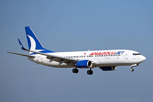 Anadolu Jet / TC-SBR / B 737-86N(W)
