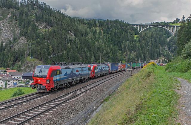 193 473 en 193 468 SBB Cargo International. St. Jodok am Brenner