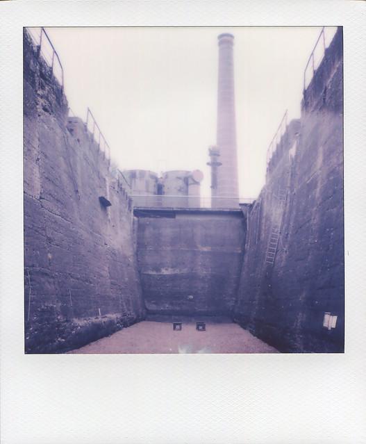 Polaroid - Bunker