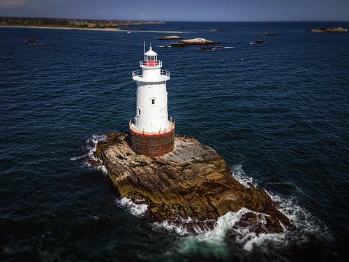 nestordesigns nestorriverajr rhodeisland littlecompton newport sakonnetlighthouse lighthouse landscape aerial dji djimavicair2 photography seascape seashore 2020