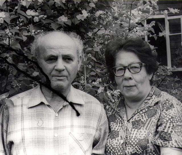8308PaMa Жаворонки дедушка и бабушка